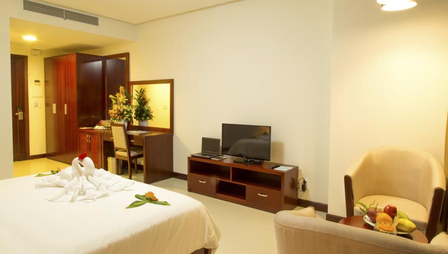 Vé máy bay và khách sạn Đà Nẵng